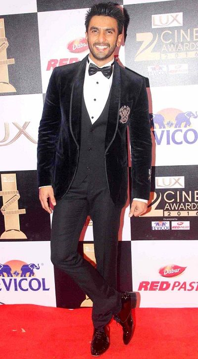 Ranveer Singh Wiki, Age, Girlfriend, Wife, Family, Biography & More