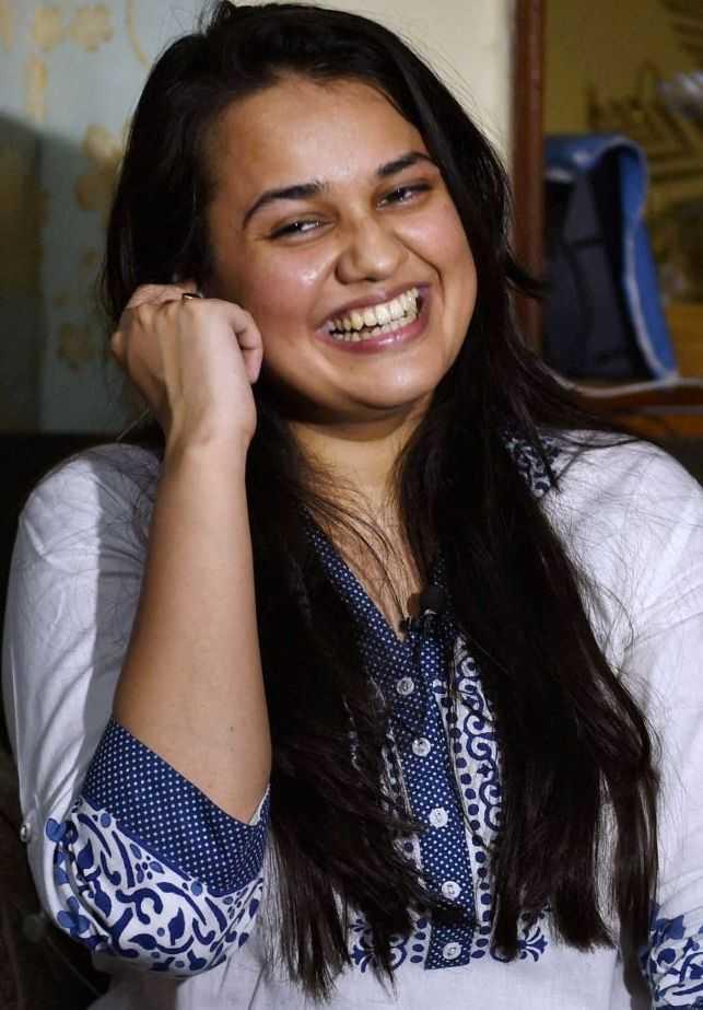 Tina Dabi Wiki, Age, Husband, Caste, Family, Biography