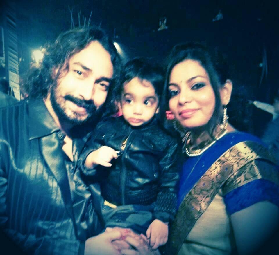 Amit Tiwari Wiki, Age, Wife, Family, Caste, Biography & More