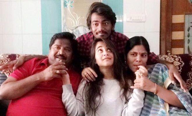 Deepthi Sunaina Wiki, Age, Height, Weight, Family, Caste