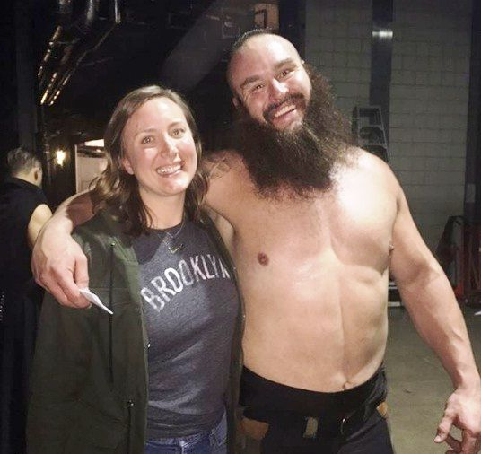 Braun Strowman Wiki, Height, Age, Wife, Family, Biography
