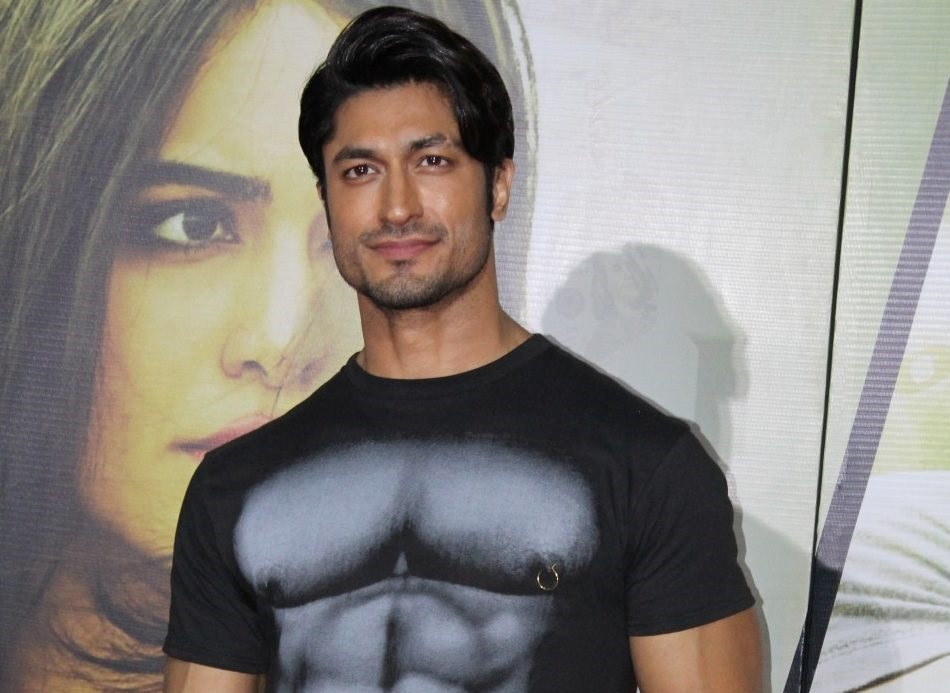 Vidyut Jammwal Wiki, Age, Girlfriend, Family, Caste