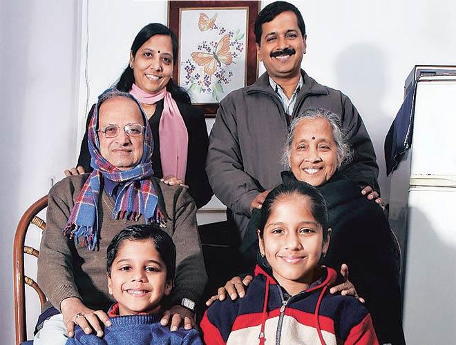 Image result for arvind kejriwal and sunita kejriwal