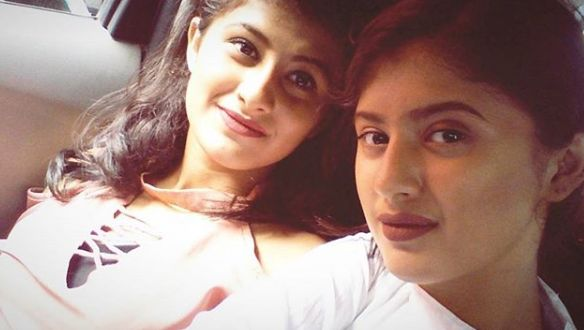 Image result for arishfa khan with her sister