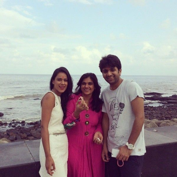 Image result for nia sharma with mother
