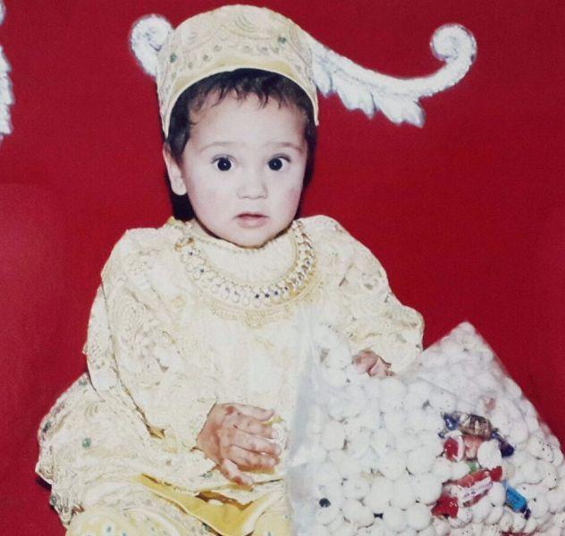 Zahara Sethjiwala childhood picture