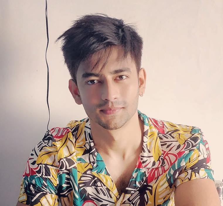 Aashay Mishra Wiki, Age, Girlfriend, Wife, Family, Biography