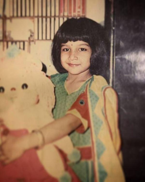 Sakshi Agarwal Wiki, Age, Boyfriend, Husband, Family